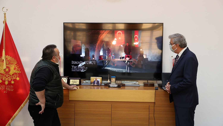 İsmail Türüt'ten Başkan Ekrem Yüce'ye anlamlı ziyaret