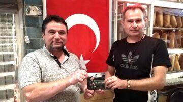 Akif Yener eskimeyen dostu Fahri Kuş'u ziyaret etti…
