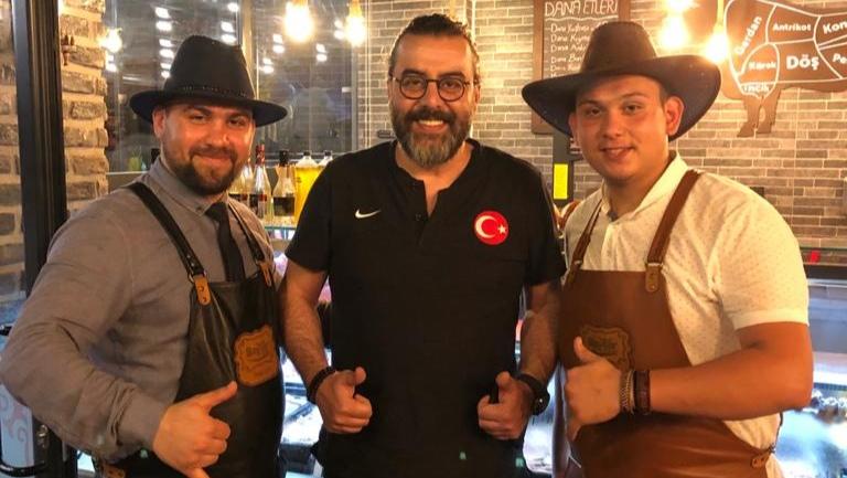 Baytar Steakhouse Serdivan ilçesinde yakın bir zamanda hizmete açılıyor!