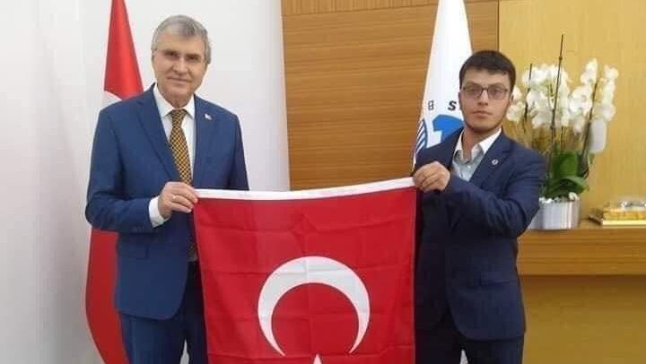 Mert Özdemir'den, Başkan Ekrem Yüce'ye hizmet teşekkürü