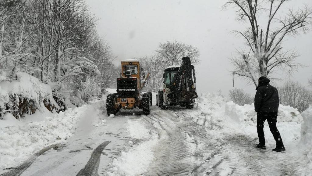 Sapanca'da karla mücadele