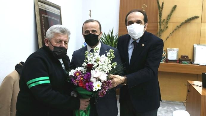 Amigo Ersin'den Balta ve Küpçü'ye çiçek…