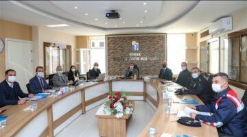 COVID-19 İle Mücadele toplantısı; Hendek İlçesi'nde gerçekleştirildi