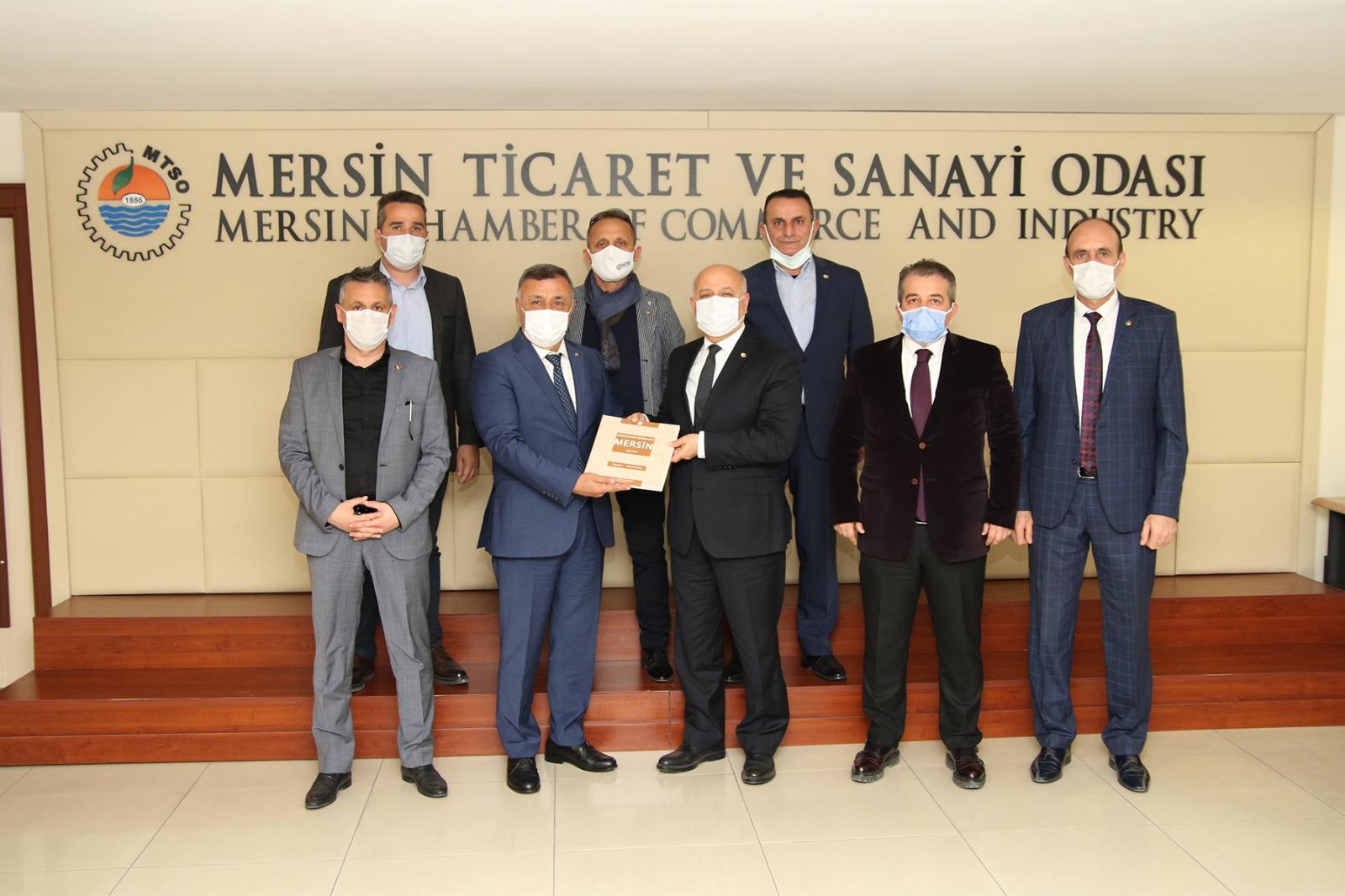 Sakarya Ticaret Borsası Heyeti Mersin Ticaret ve Sanayi Odası'nı ziyaret etti.