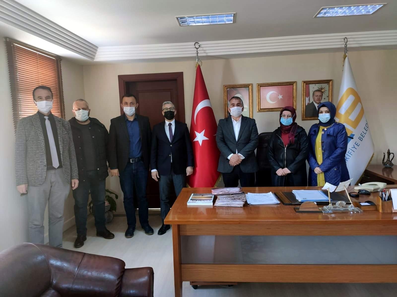 MHP'li Başkan Şekerli'den Arifiye Belediyesi'ne nezaket ziyareti
