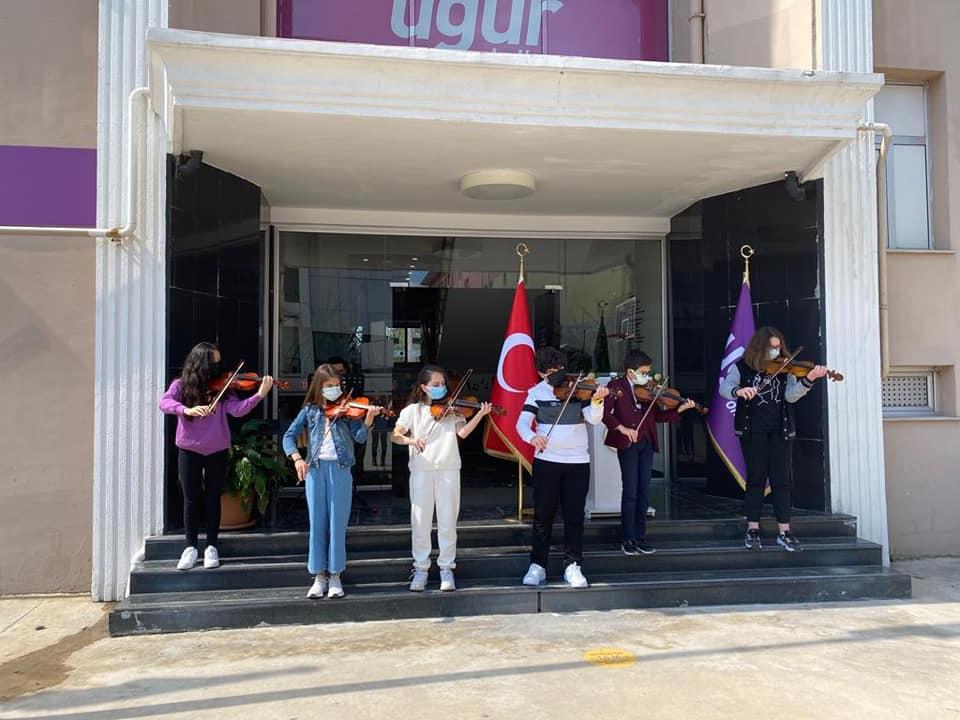 Sakarya Uğur Okulları 23 Nisan kutladı