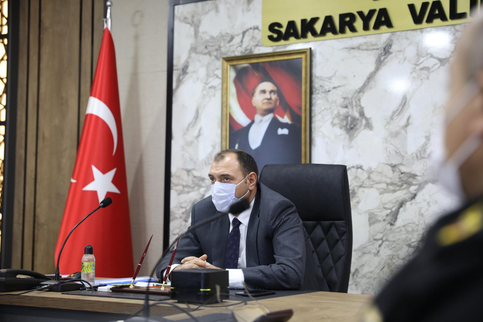 Vali Kaldırım 'Tam Kapanma' toplantısına başkanlık etti