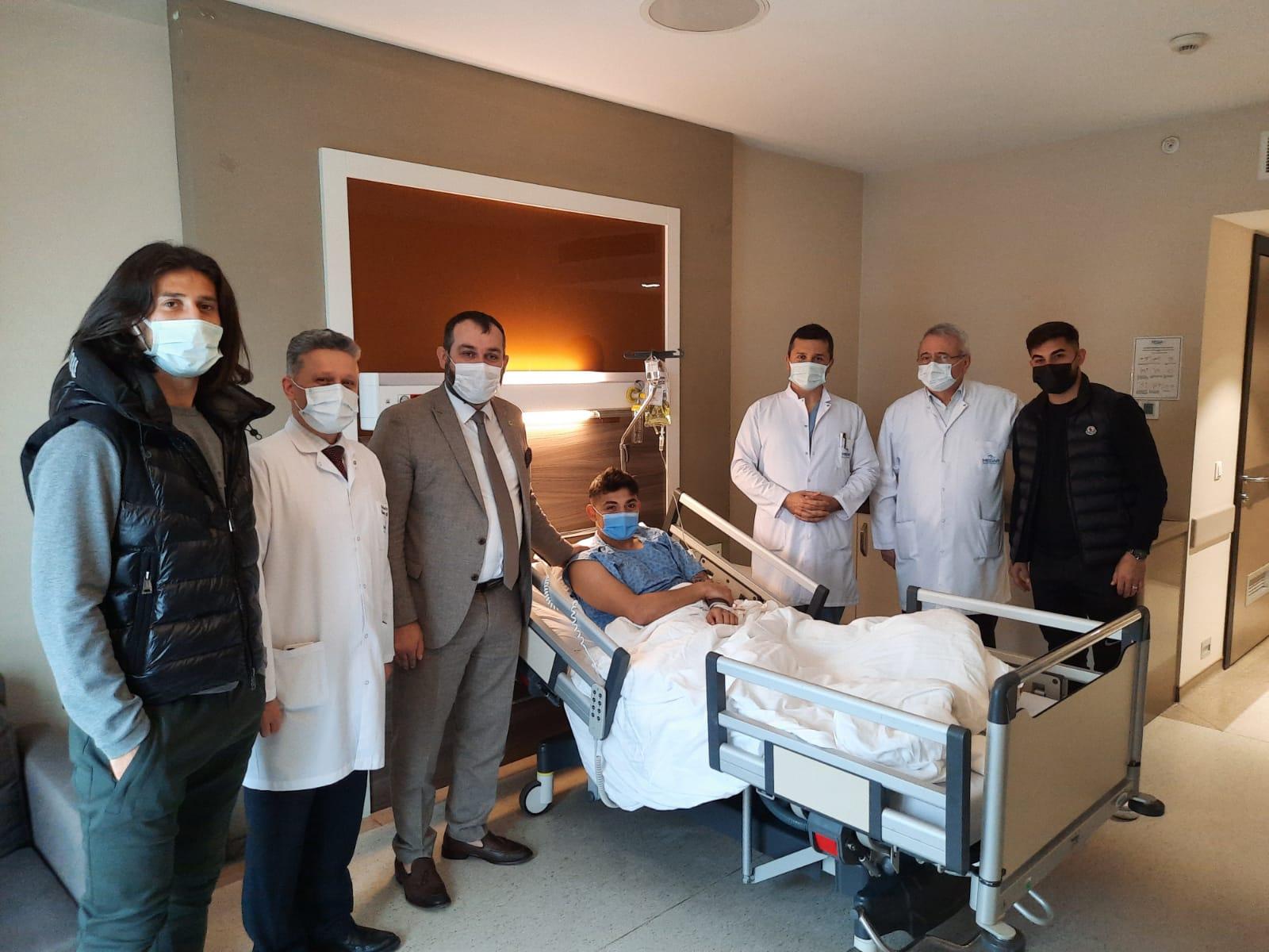 Sakaryasporlu Futbolcu Alper Koçaklı'ya başarılı operasyon