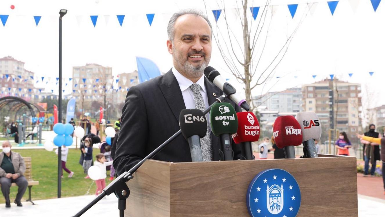 Başkan Aktaş'a nazar değdi