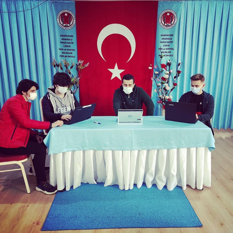 Adapazarı Anadolu İmam Hatip; Teknofest yarışmalarında Türkiye finalinde…