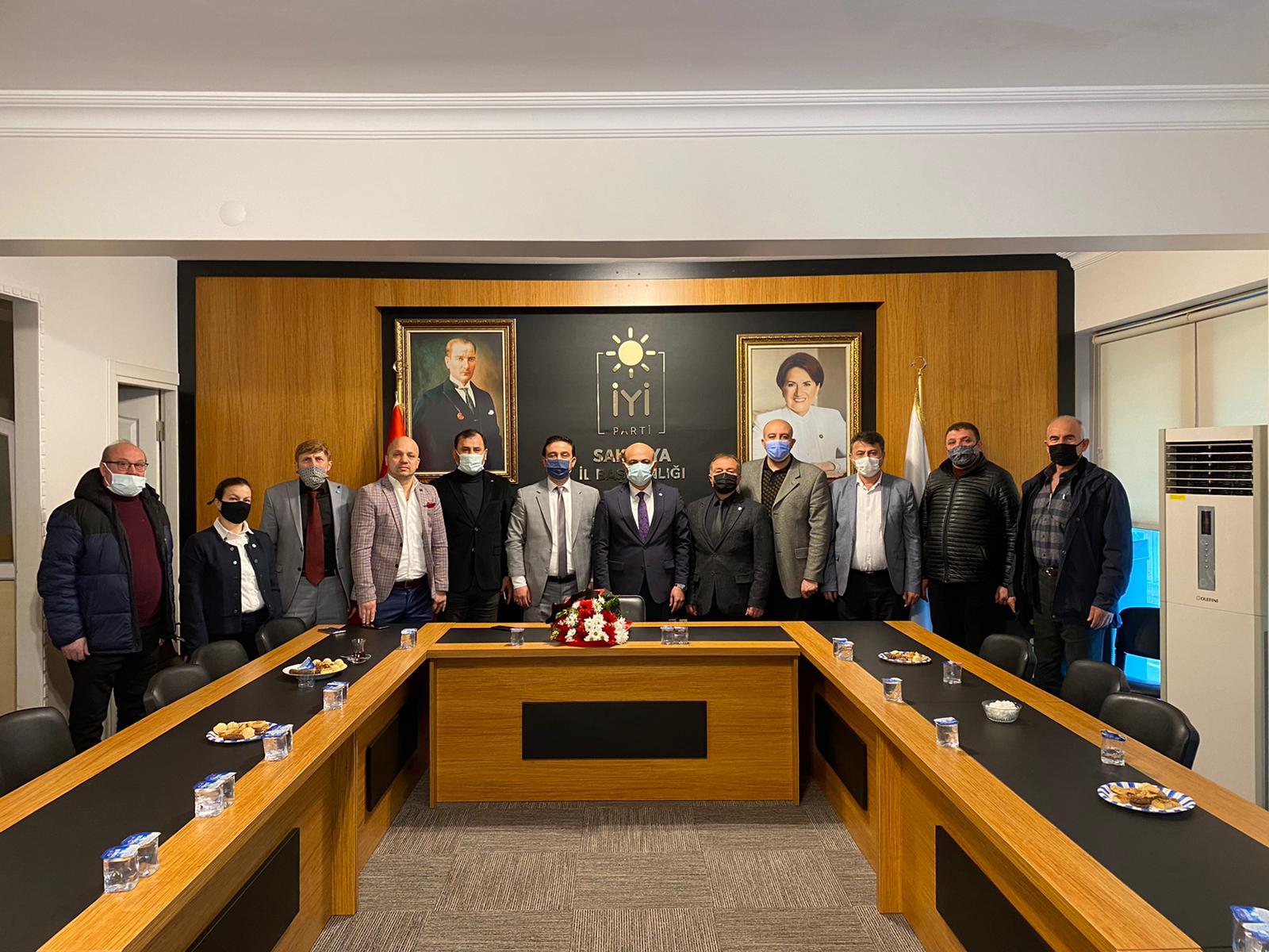 Eşraf Platformundan İYİ Parti Sakarya İl Başkanlığına Ziyaret
