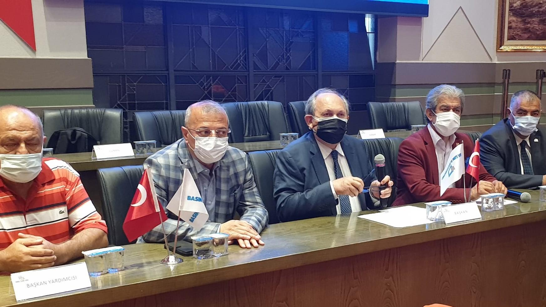 Anadolu gazete sahiplerinin BİK temsilcilerine güvenoyu