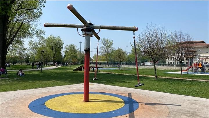 """SERBES: """"Çocuk parklarını inşa etmek kadar bakımlı ve güvenli tutmak da önemlidir"""""""