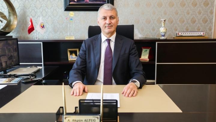 """ALTUĞ: """"19 Mayıs Türk gençliğine güvenin sembolüdür"""""""