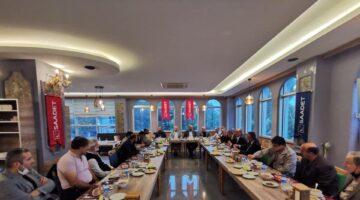 Saadet Partisi Belediye Meclis Üyelerini Topladı
