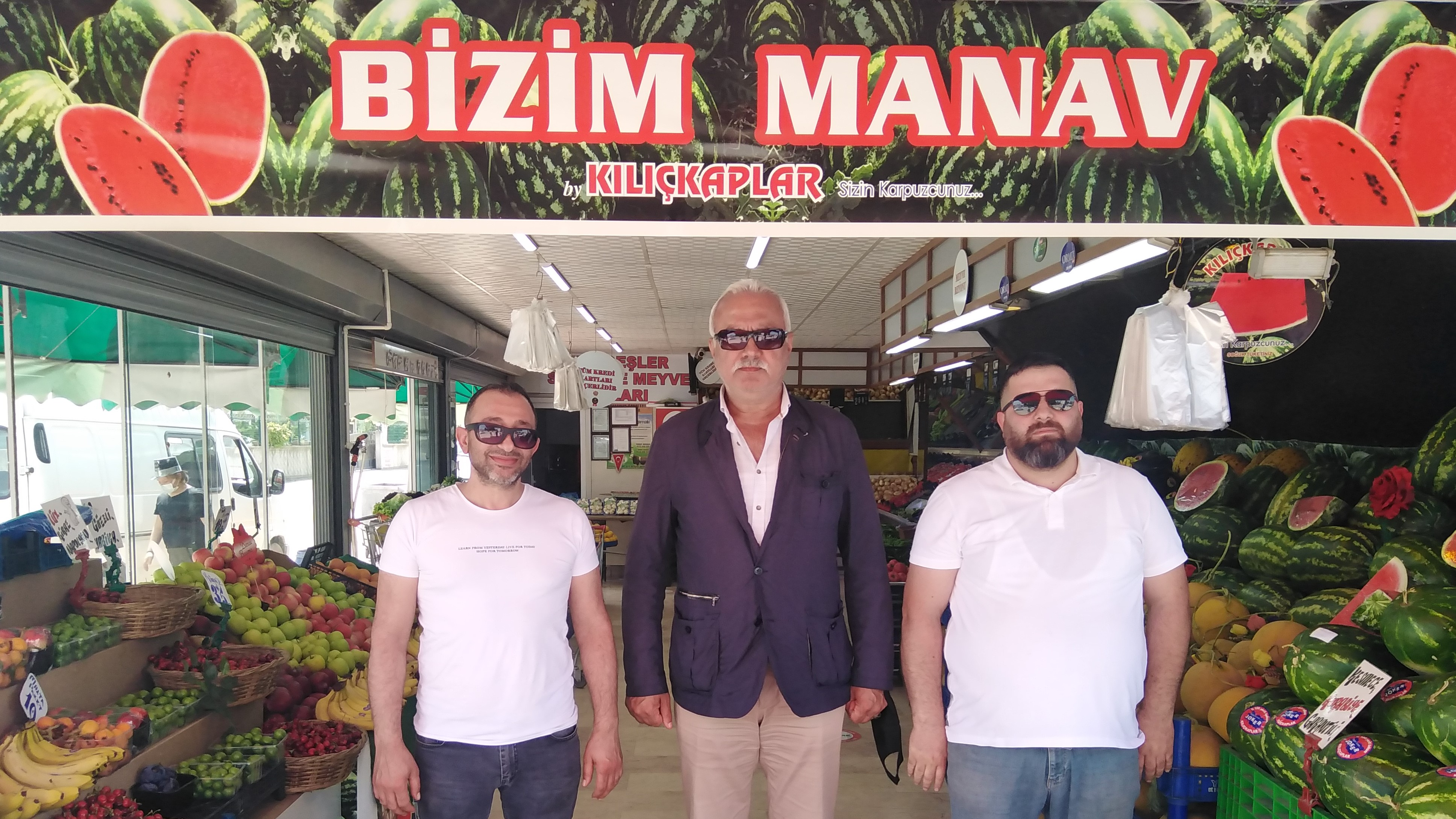 'Bizim Manav' ziyaretçi akınına uğruyor