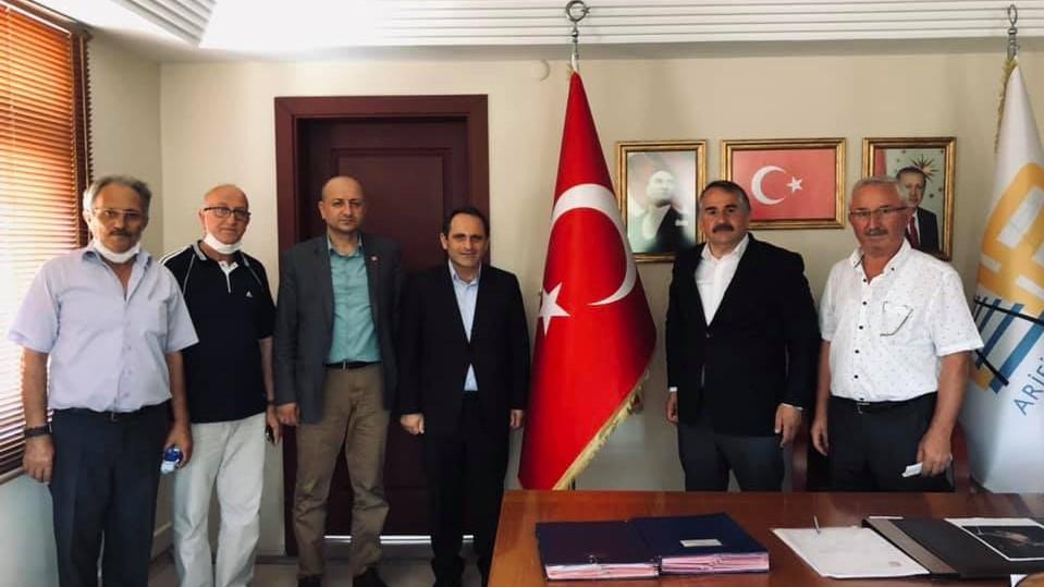 CHP'li Keleş, Arifiye'de esnaf ve vatandaşlarla buluştu