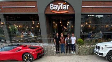 Chef Enes Baytar; şampiyon Kenan Sofuoğlu'nu Serdivan Şube'de ağırladı