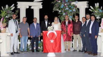 Böyle bir düğün görülmedi; Merve ile Fırat'tan muhteşem düğün