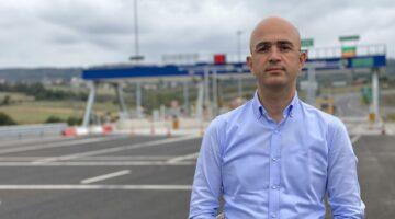 Serbes: ''Otoyol çıkışındaki ödenen ücreti gösteren ekranlar neden kapalı''