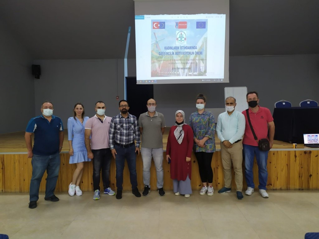 Adapazarı Halk Eğitimi Merkezinin eğitimcileri  Hollanda'ya gidecek