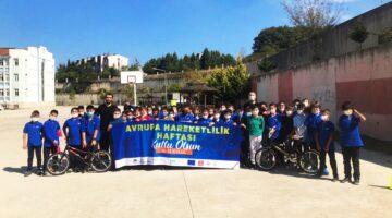 Öğrencilere ''Bisikletli Güvenli Sürüş Eğitimi'' Verildi