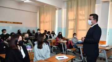 Cumhuriyet Anadolu Lisesine Anlamlı Ziyaret